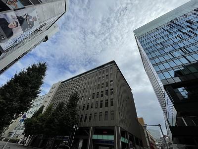 博多駅東にある屋上に神社がある賃貸オフィスビル